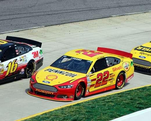 5. Who drives this NASCAR?