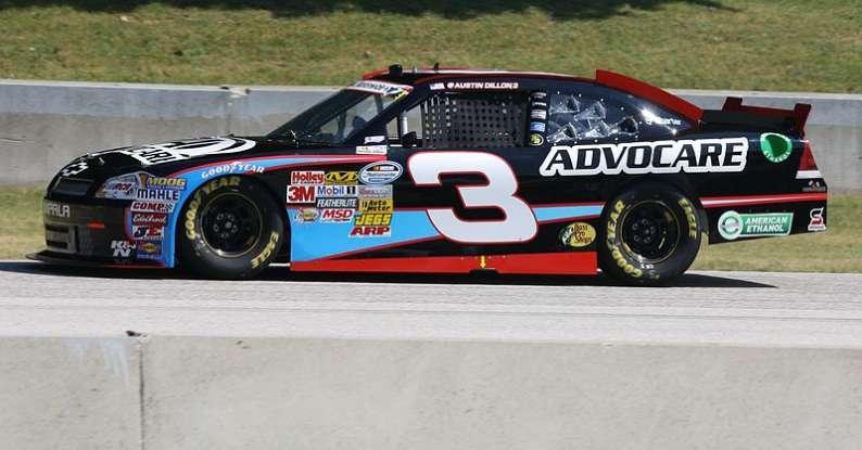 10. Who drives this NASCAR?
