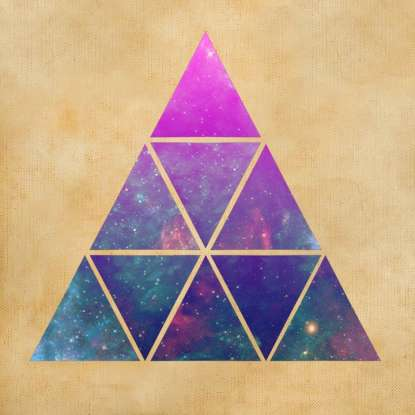 1. What kind of triangle is shown here? (Hint: All sides are equal.)