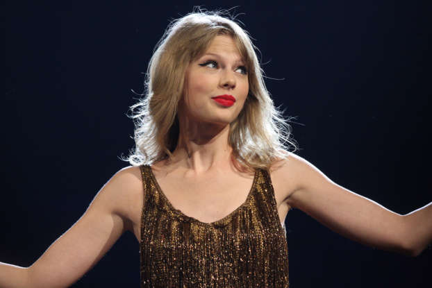 4. What year was Taylor Swift born?