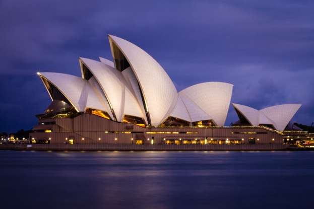5. Which famous landmark is this?
