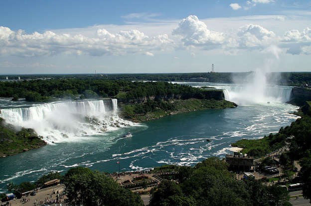 21. Which famous landmark is this?
