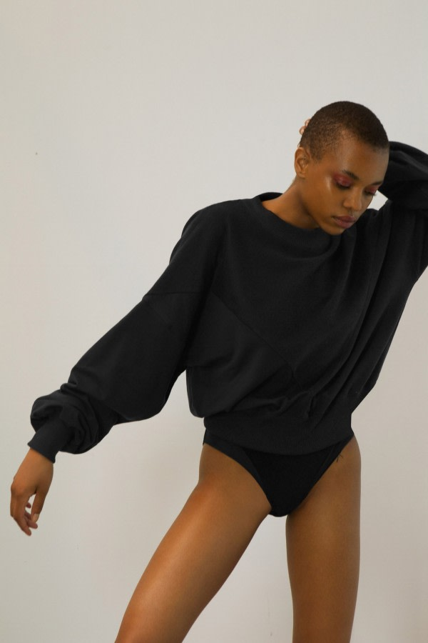 Black Wide-Sleeve Jumper
