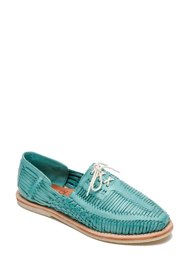 Benito Leather Lace-Up Shoes