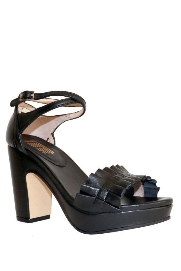 Ruffle Leather Platform Sandals