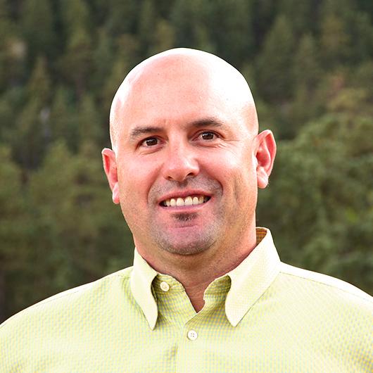 Tim Galu Headshot