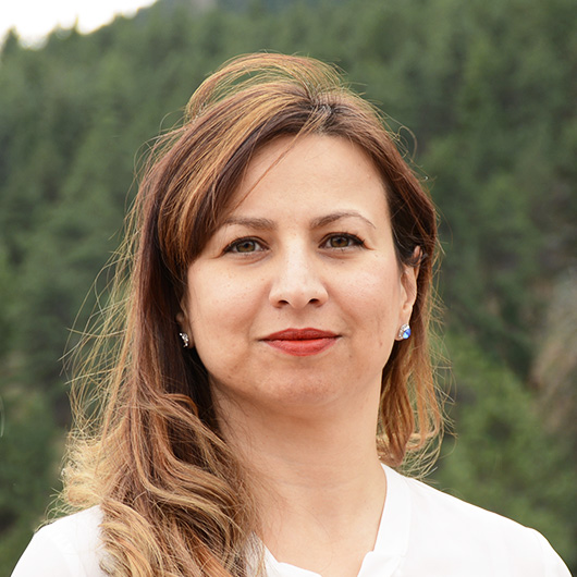 Neda  Milani Headshot
