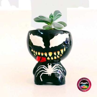 Suculenta matera cerámica super heroes Venom Neea Flora