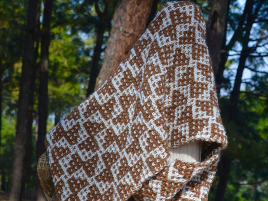Cowl,Brown and White Mesh