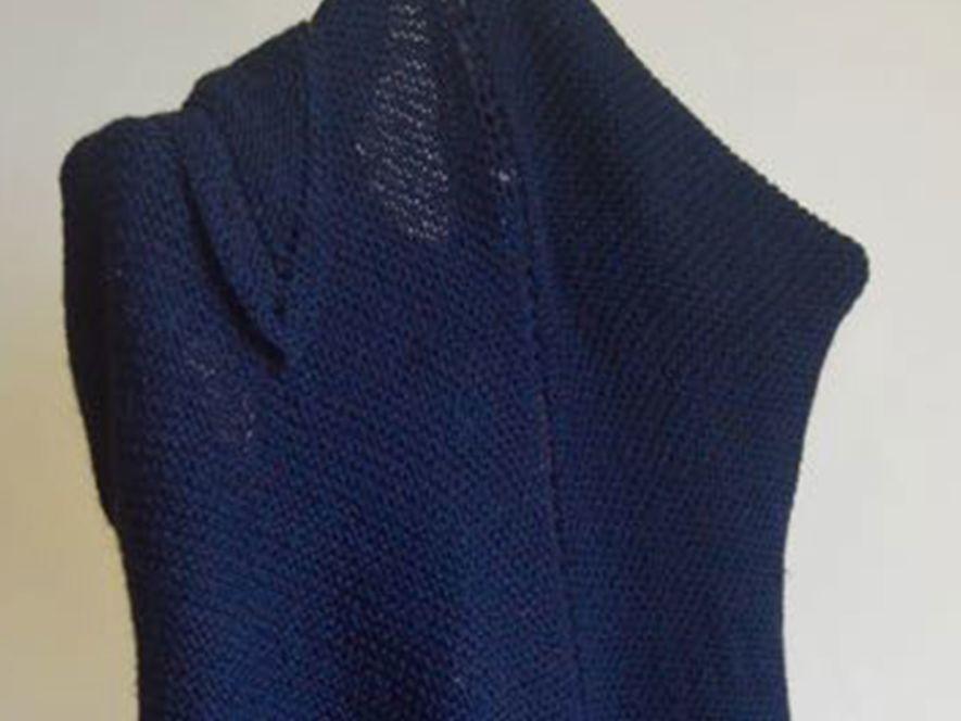 Triangular Shawl..Classic Charm in Blue
