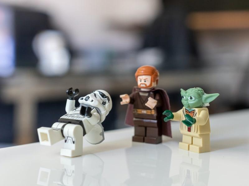 Imagem de destaque do post Brinquedos Star Wars continuam fazendo a cabeça de fãs em todas as faixas etárias