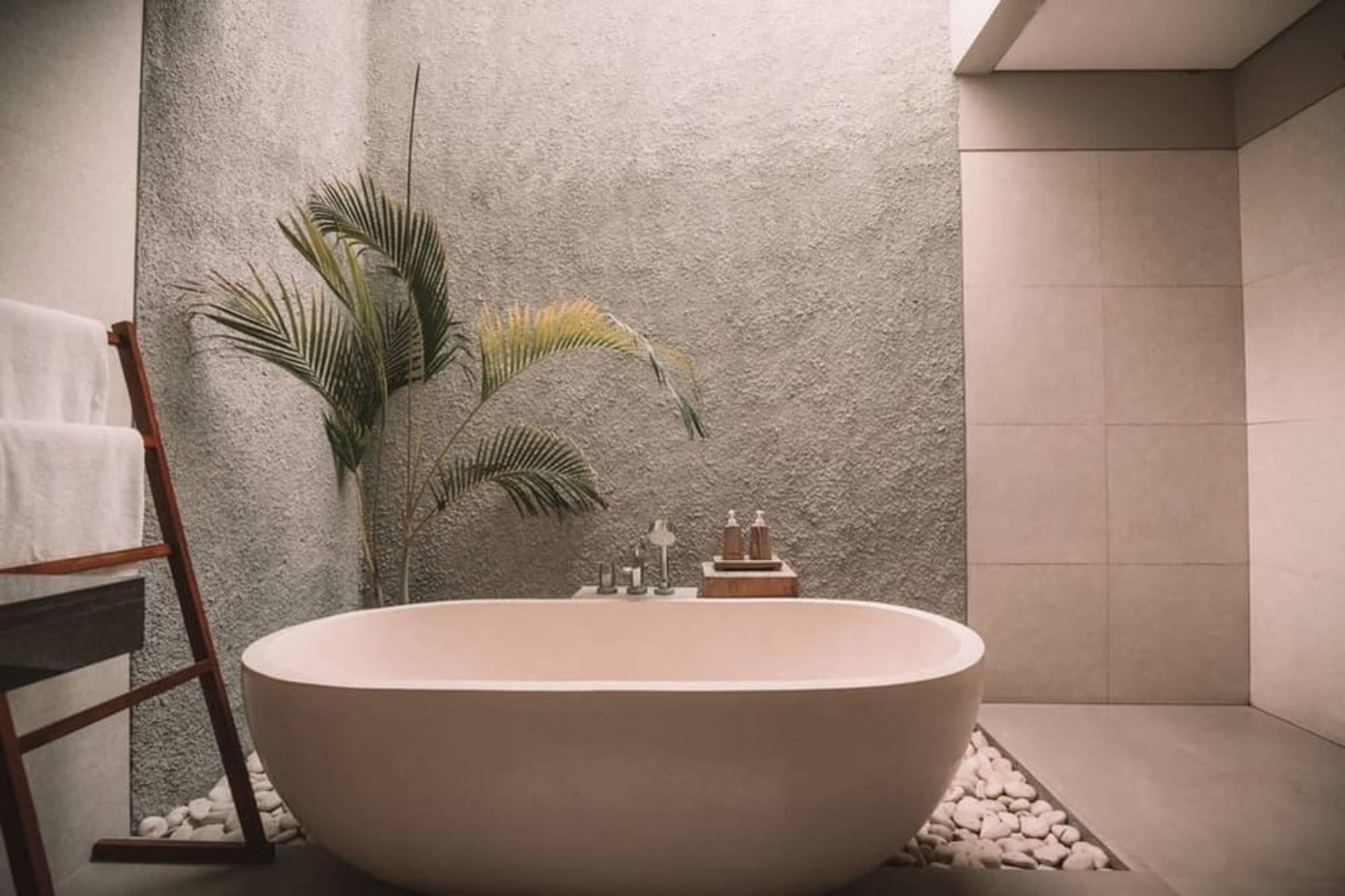 béton pierres naturelles salle de bains