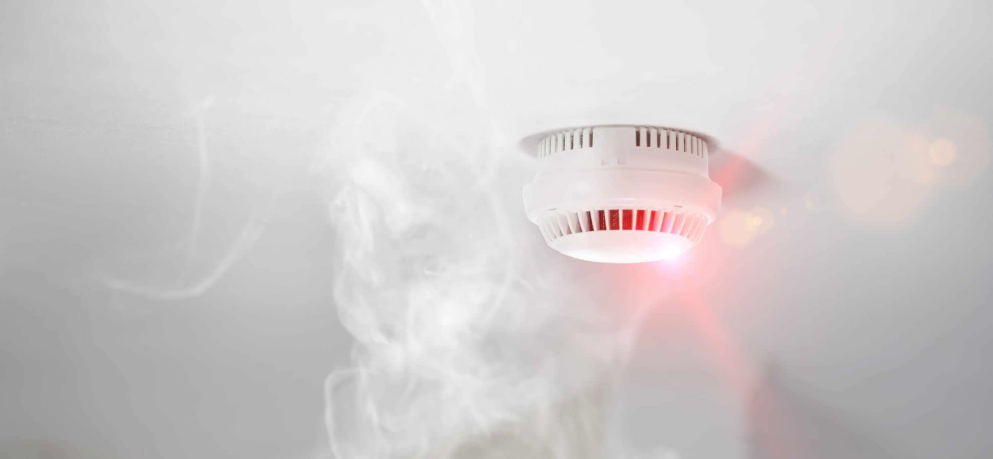 Tout savoir sur les détecteurs de fumée: prévention, législation et nos recommandations