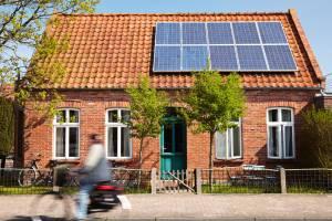 Zonnepanelen: overschakelen van terugdraaiende naar digitale teller