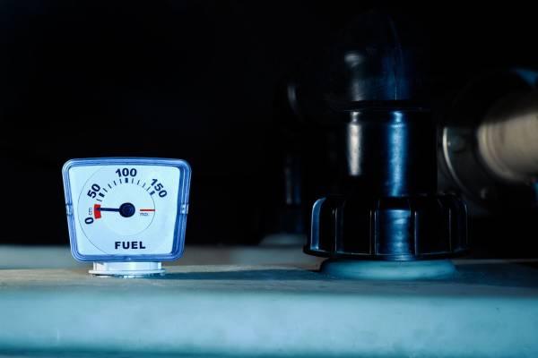 Controle en verplichte keuring van de mazouttank