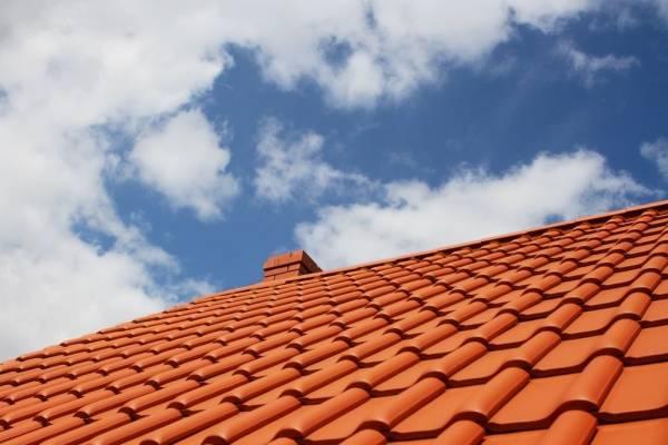 Guide des prix: Combien coûte une nouvelle toiture?