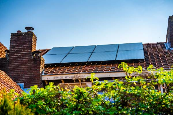 Nieuw in 2022: zelf je zonne-energie verkopen, via peer-to-peer zonnedelen