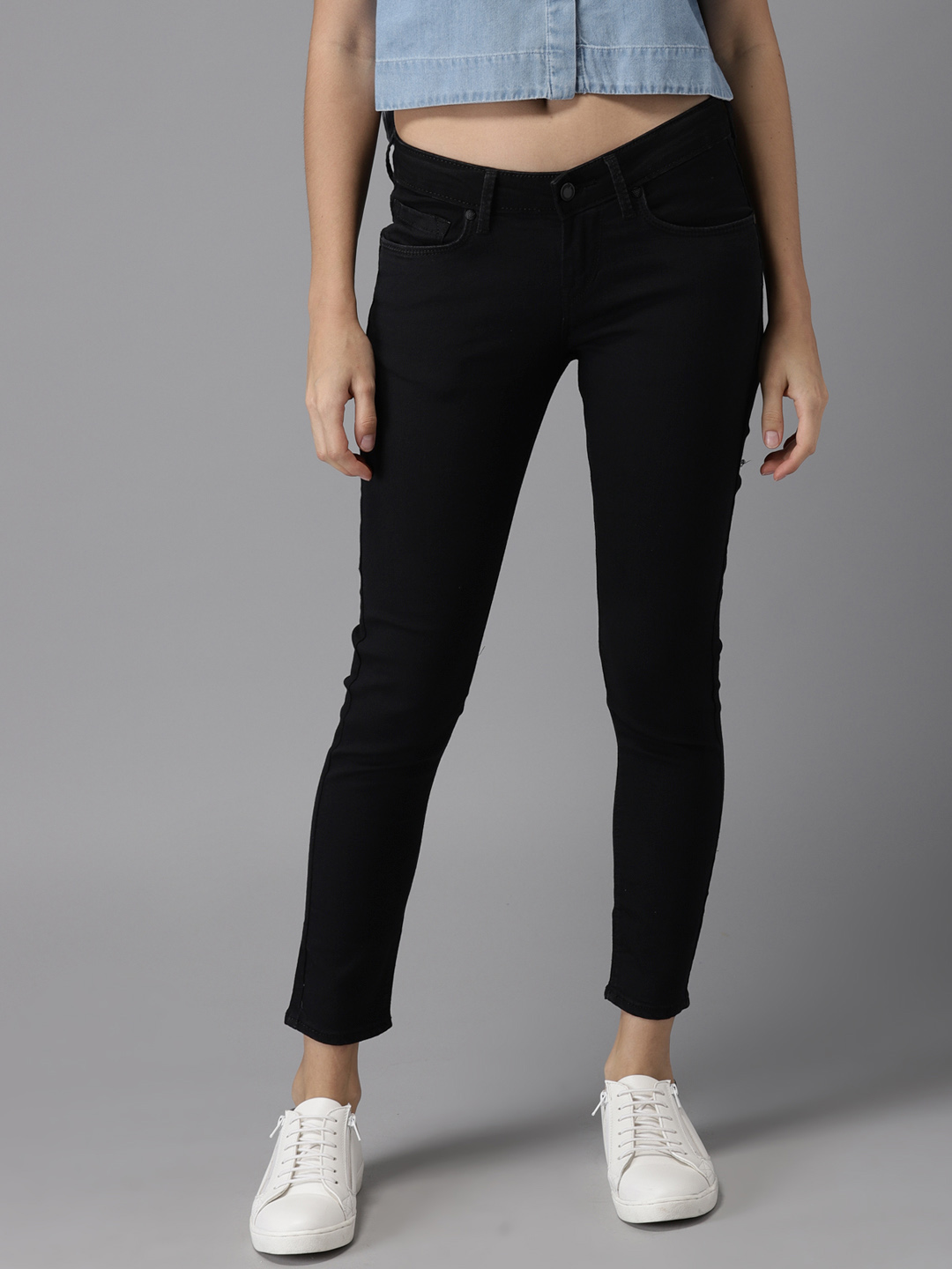 bbc11f55a19 HERE NOW Women Black Skinny Fit Mid-Rise Ankle Length Clean Look  Stretchable Jeans