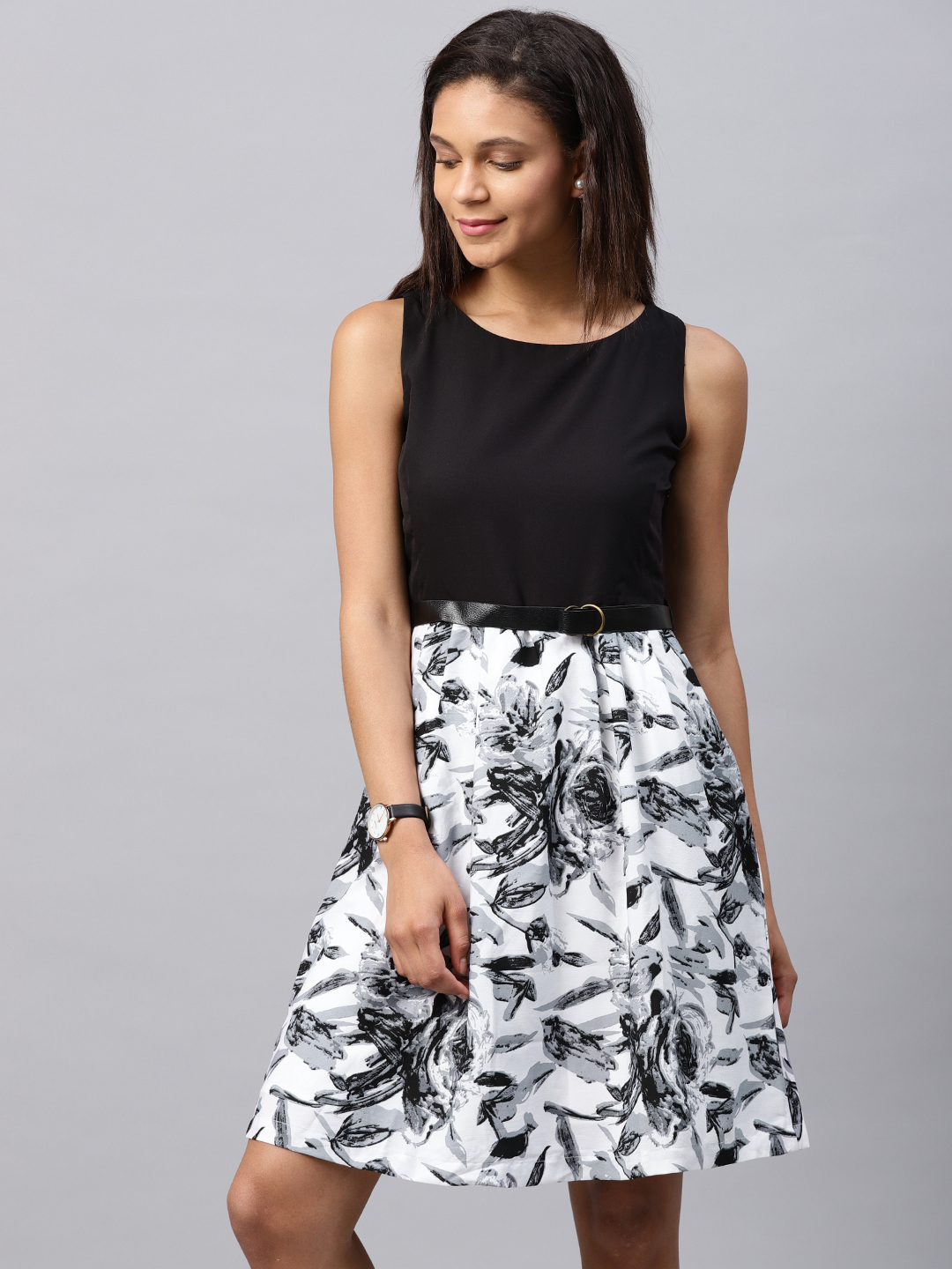 Black And White Dress Online India Ficts
