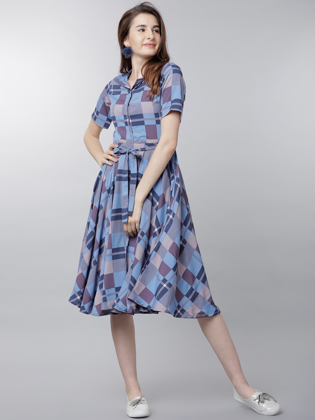 b42500c5e8 Buy Tokyo Talkies Women Blue Checked Fit and Flare Dress Online ...
