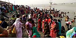 गंगा दशहरा आज, सिमरिया घाट पर उमड़ी श्रद्धालुओं की भीड़