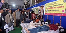 सड़क सुरक्षा सप्ताह पर राज्यभर में लगा रक्तदान शिविर, 1050 लोगों ने किया स्वैच्छिक रक्तदान
