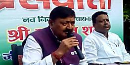 कांग्रेस विधायक अजीत शर्मा की अपील, कहा- बिहार में किसकी बनेगी सरकार कहना मुश्किल, एनडीए के विधायक तेजस्वी का करेें समर्थन