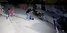 पटना में खैनी को लेकर हुआ विवाद तो ईंट से कूंच डाला सिर, CCTV में कैद हुई वारदात