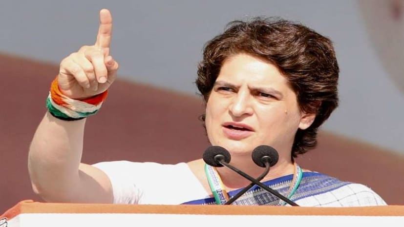 गांधीनगर रैली में प्रियंका गांधी का मोदी सरकार पर हमला - देश में नफरत फैलाई जा रही
