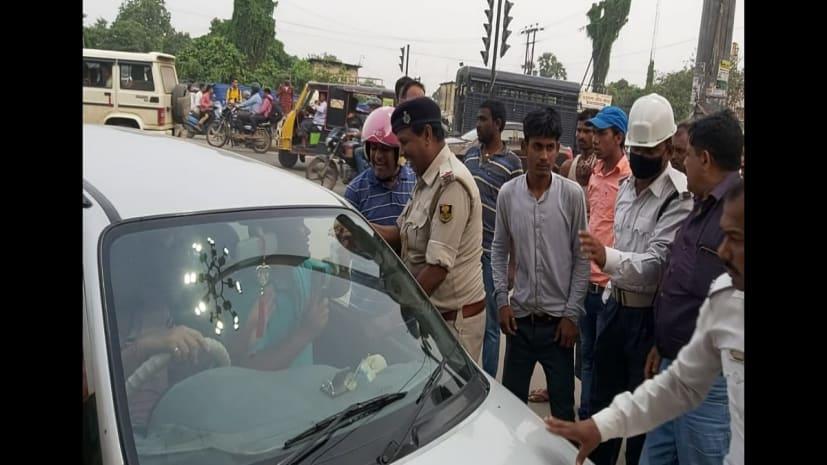 पटना के हड़ताली मोड़ पर हंगामा, वाहन चालक ने ट्रैफिक पुलिस को मारा थप्पड़