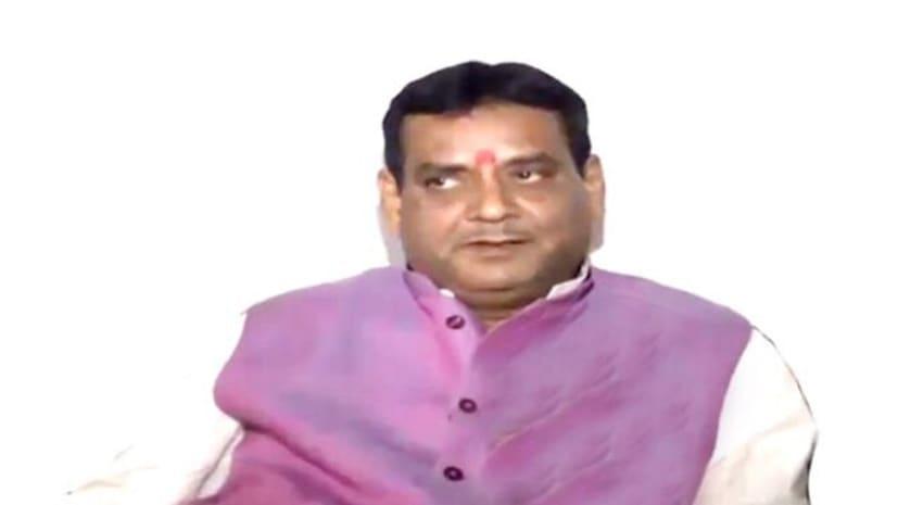 पूर्व भाजपाई अवनीश कुमार सिंह का डिप्टी सीएम पर अटैक,कहा- सुशील मोदी सबसे स्वार्थी नेता..भाजपा का सर्वनाश चाहते हैं..