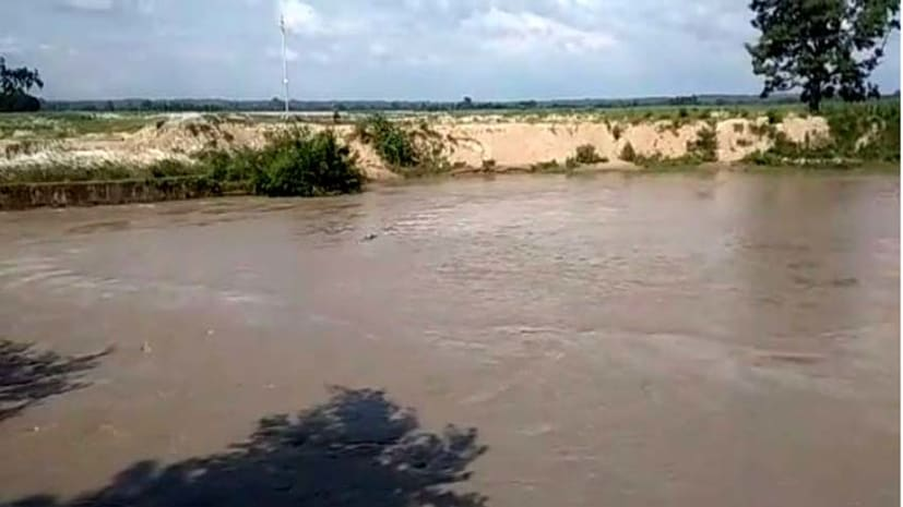 बगहा में नहर से अज्ञात शव बरामद, छानबीन में जुटी पुलिस