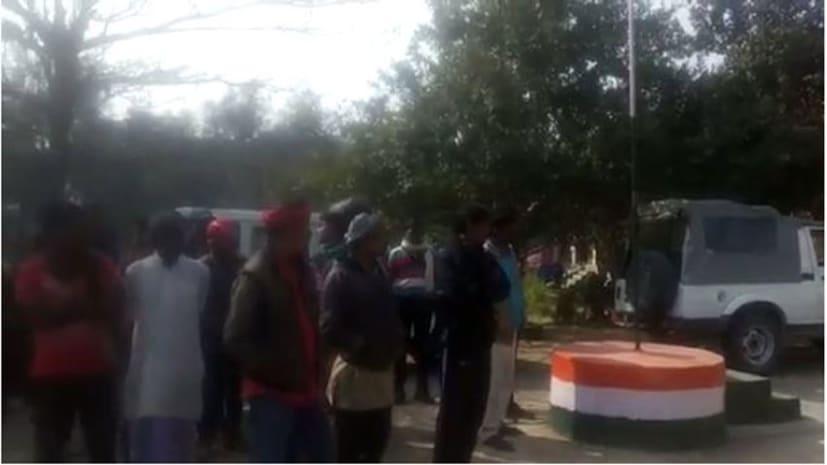 सासाराम में बकरी कारोबारियो से 15 लाख की लूट, विरोध करने पर एक को मारी गोली