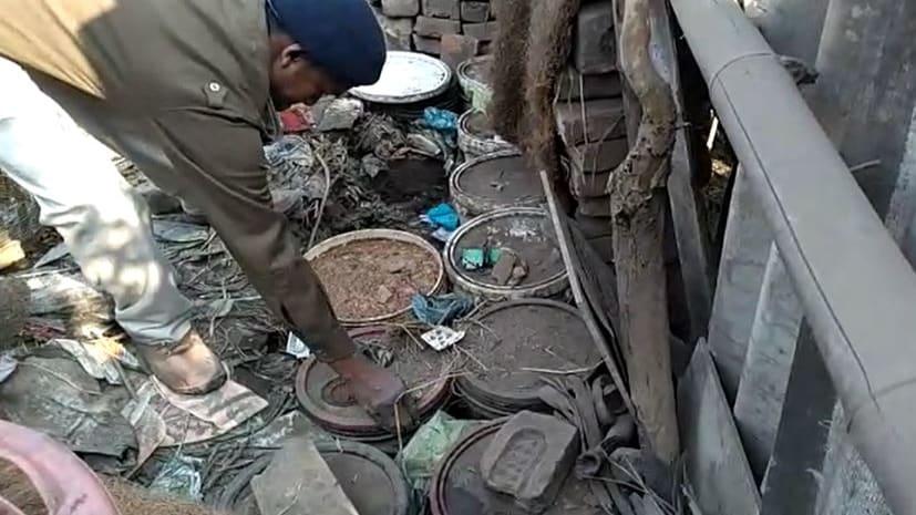 पटना में खुलेआम शराब का हो रहा धंधा...उत्पाद विभाग का दावा-स्थानीय पुलिस की मिलीभगत से हो रहा कारोबार