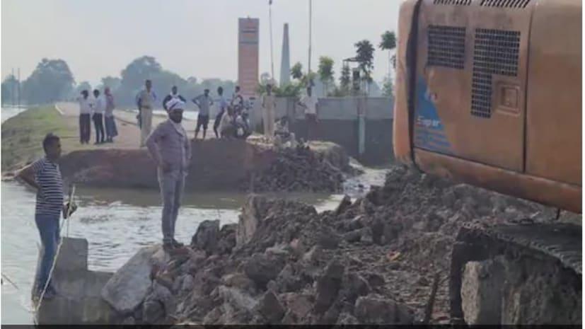 सीएम नीतीश के उद्घाटन करने से पहले ही टूट गया महासेतु का अप्रोच रोड, मचा हड़कंप