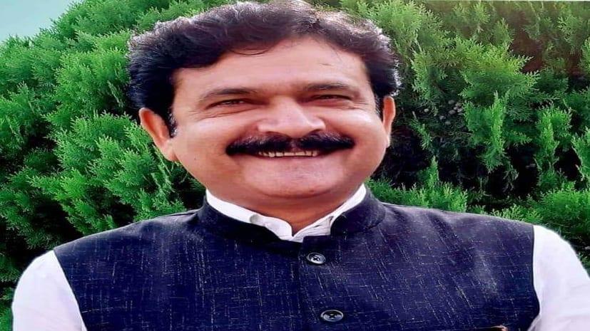नवादा में बीजेपी विधायक की गाड़ी को ट्रक ने मारी टक्कर, बाल बाल बचे MLA अनिल सिंह
