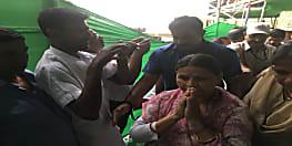 RJD के स्थापना दिवस में पहुंची राबड़ी देवी, तेजस्वी के चुप्पी तोड़ने का है इंतजार