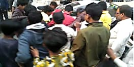 पटना में भीड़ ने चोर को पहले जमकर पीटा फिर पुलिस के किया हवाले