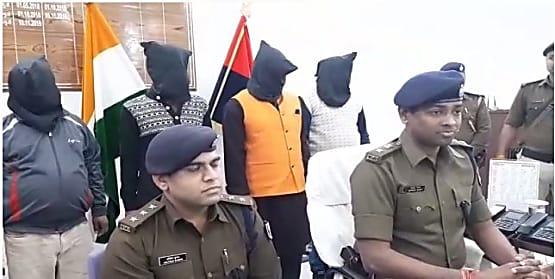 पटना एसटीएफ और मुजफ्फरपुर पुलिस की बड़ी कार्रवाई, महिला समेत 5 हथियार तस्कर गिरफ्तार, 500 राउंड कारतूस बरामद