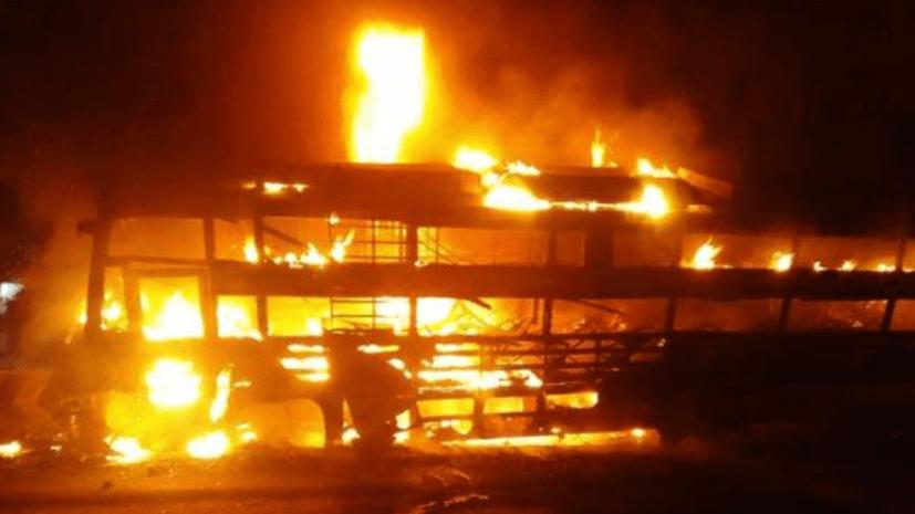 पूर्णियां में बड़ा हादसा : एसी बस में आग लगने से दर्जनों यात्री जिंदा जले