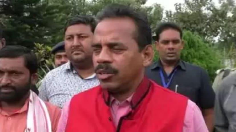 नीतीश के मंत्री ने कहा- बिहार में 40 लाख घुसपैठिए...1932 में हुए चुनाव और 1952 में भू-सर्वेक्षण पर तय हो नागरिकता