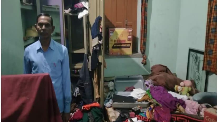 नवादा में डॉक्टर के घर में भीषण चोरी, सोने-चांदी के गहने सहित दो लाख के सामान गायब
