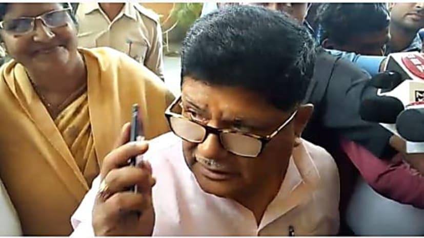 दानापुर में जलजमाव को लेकर नगर विकास मंत्री के आवास पर आपात बैठक, कई मुद्दों पर हुई चर्चा