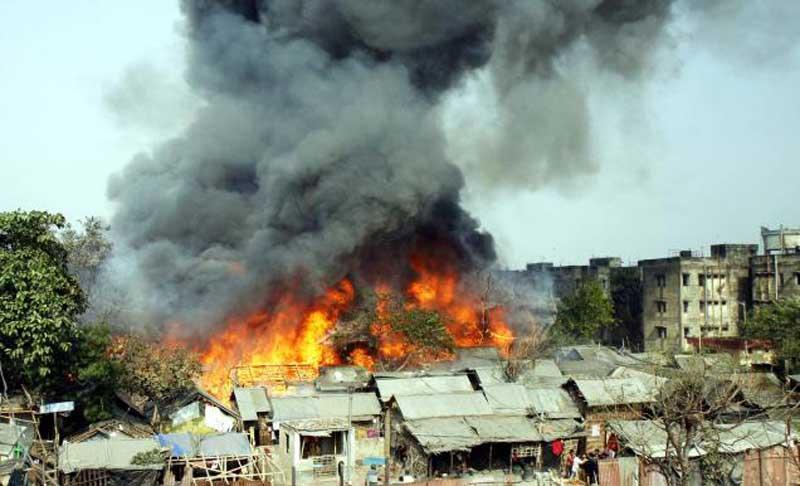 broke-out-in-Koper-Khairane-Slums_dkkwt3.jpg