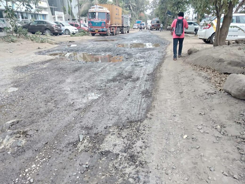 Potholes-Road-Image_ftun5d.jpg