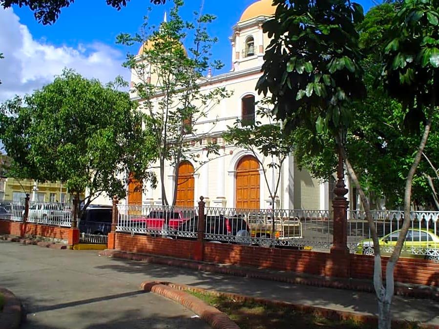 villa de cura aragua venezuela