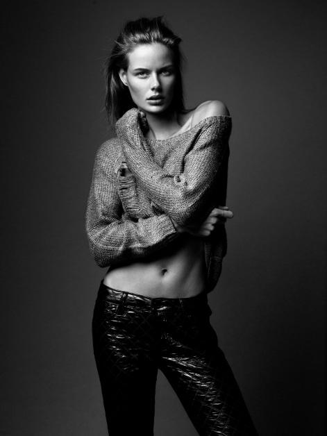 Marlijn Hoek Nude Photos 55
