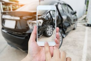 3 Types of Photos You Should Take after a Pennsylvania Car Accident