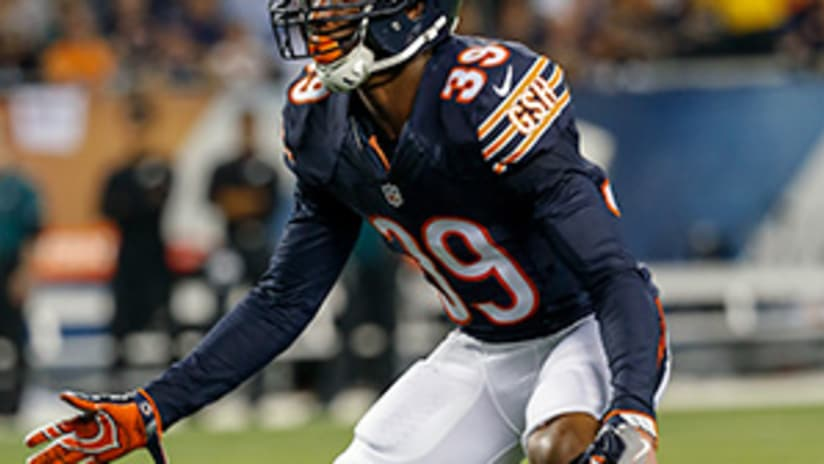 Bears sign 8 to reserve/futures deals
