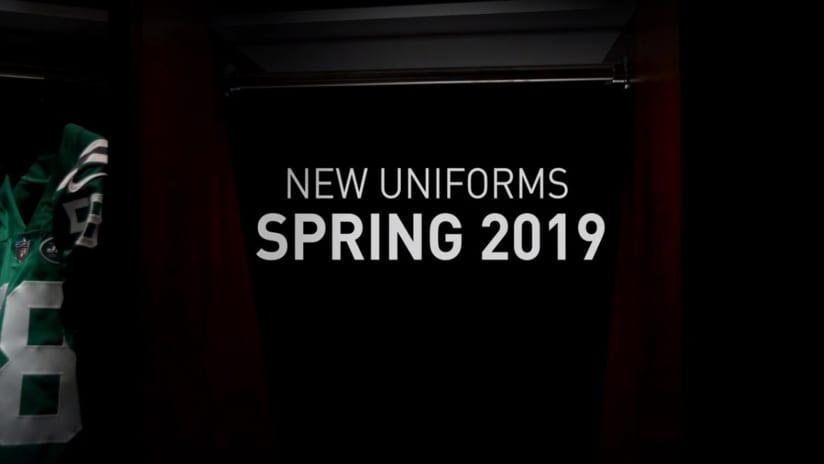 072918-new-uniforms-thumb